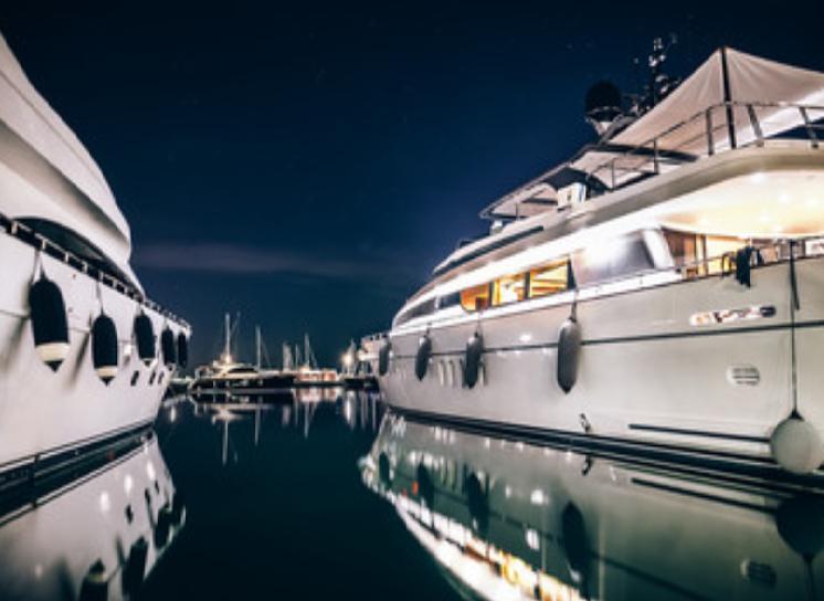 Pianki w branży jachtowej i stoczniowej